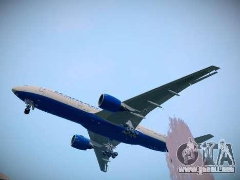 Boeing 777-212ER Transaero Airlines para GTA San Andreas vista posterior izquierda