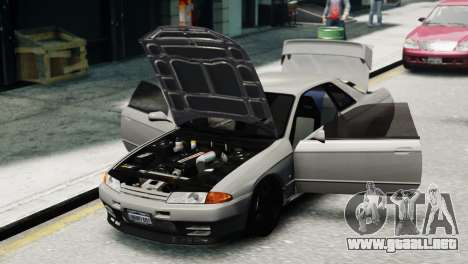 Nissan Skyline R32 GT-R para GTA 4 Vista posterior izquierda