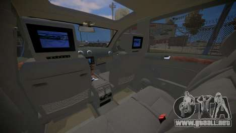 Mercedes-Benz GL450 AMG Police Interceptor 2013 para GTA 4 vista lateral