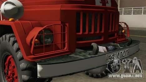 ZIL 131 - AL para GTA San Andreas vista hacia atrás