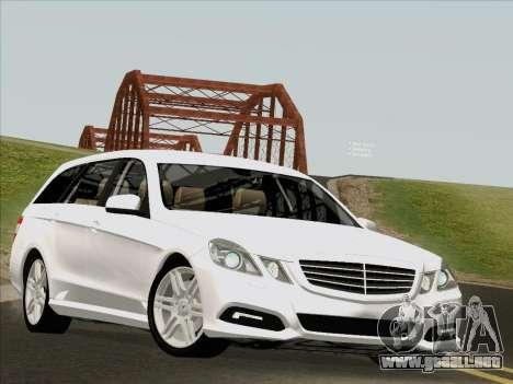 Mercedes-Benz E250 Estate para GTA San Andreas left