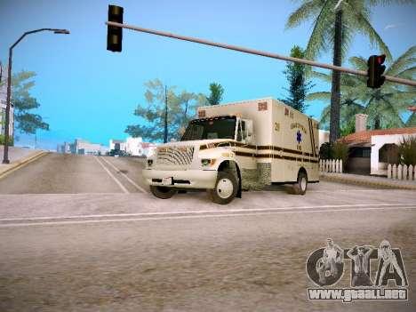 Pierce Commercial Grasonville Ambulance para GTA San Andreas left