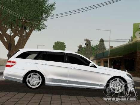 Mercedes-Benz E250 Estate para GTA San Andreas vista posterior izquierda