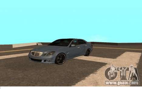Mercedes-Benz W212 (Wheeljack from TF 3) para GTA San Andreas