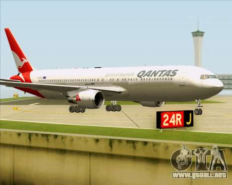 Boeing 767-300ER Qantas (New Colors) para GTA San Andreas left