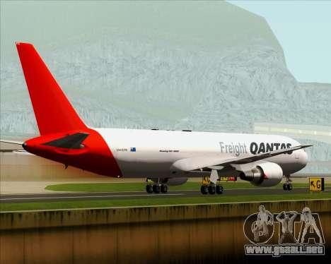 Boeing 767-300F Qantas Freight para vista lateral GTA San Andreas