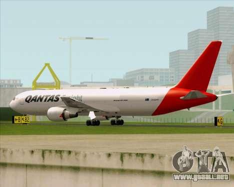 Boeing 767-300F Qantas Freight para GTA San Andreas vista posterior izquierda