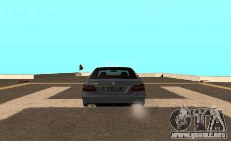 Mercedes-Benz W212 (Wheeljack from TF 3) para GTA San Andreas vista posterior izquierda