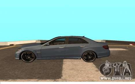 Mercedes-Benz W212 (Wheeljack from TF 3) para GTA San Andreas left