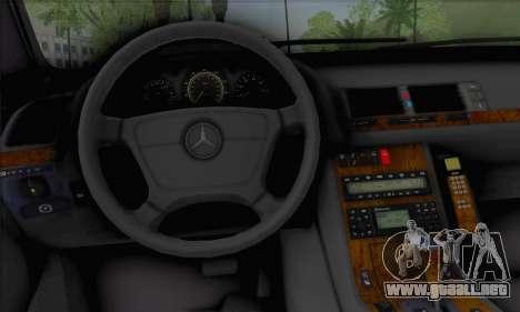 Mercedes-Benz E420 W210 para GTA San Andreas vista posterior izquierda