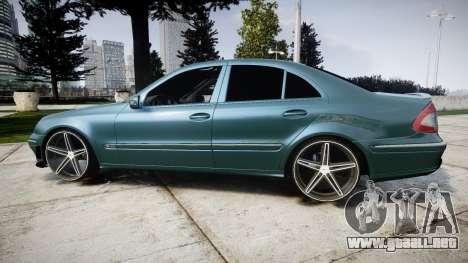 Mercedes-Benz W211 E55 AMG Vossen VVS CV5 para GTA 4 left