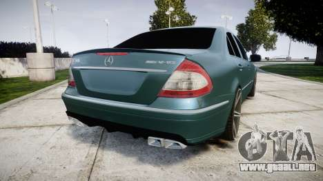 Mercedes-Benz W211 E55 AMG Vossen VVS CV5 para GTA 4 Vista posterior izquierda