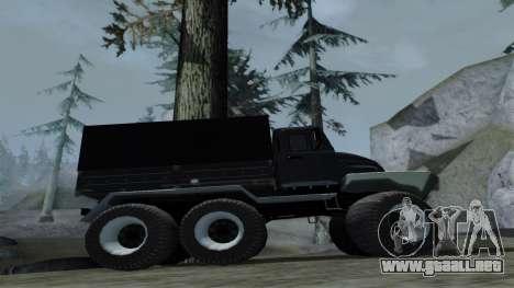 ZIL Kerzhak 6x6 para GTA San Andreas vista hacia atrás