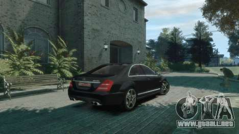 Mercedes-Benz W221 S63 AMG para GTA 4 Vista posterior izquierda