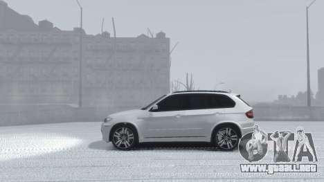 BMW X5M 2011 para GTA 4 vista hacia atrás