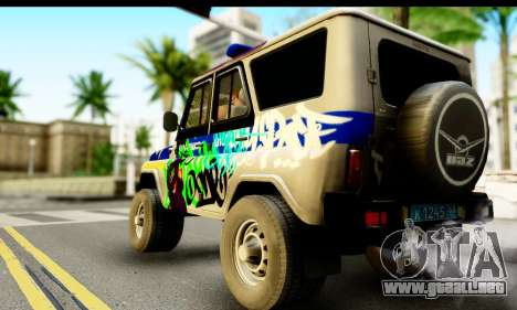 UAZ hunter 315195 para GTA San Andreas left
