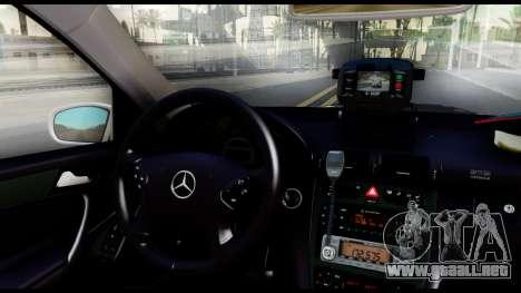 Mercedes-Benz C32 AMG ДПС para GTA San Andreas vista hacia atrás