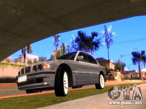 BMW 740i BL para GTA San Andreas left