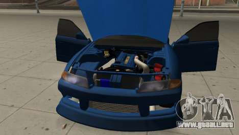 Nissan Skyline R32 Sedan para visión interna GTA San Andreas