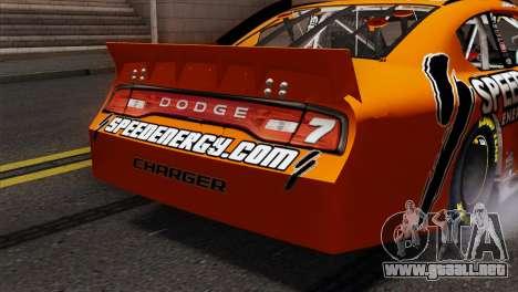 NASCAR Dodge Charger 2012 Short Track para GTA San Andreas vista hacia atrás