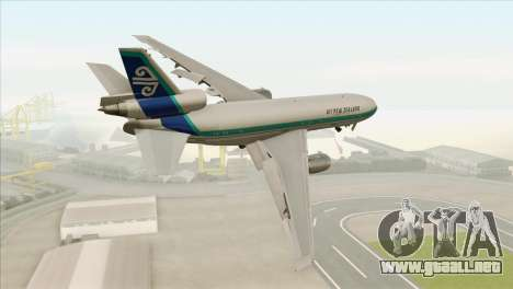 DC-10-30 Air New Zealand para GTA San Andreas left