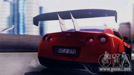 Nissan GT-R R35 LW para la visión correcta GTA San Andreas