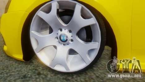 Volkswagen Golf R32 AirQuick para GTA San Andreas vista posterior izquierda