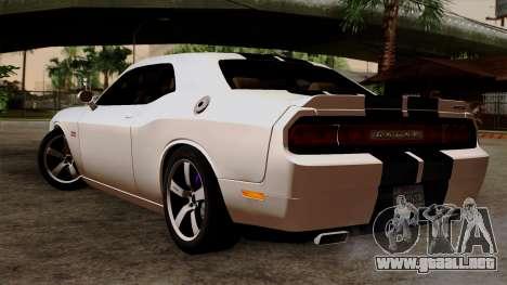 Dodge Challenger SRT8 392 2012 Stock Version 1.0 para GTA San Andreas left