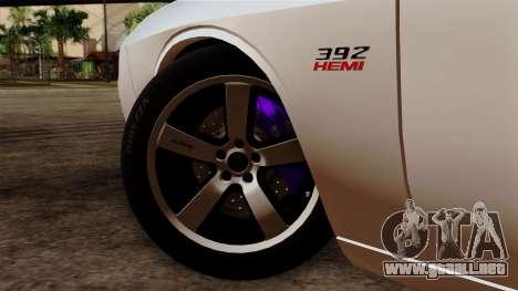 Dodge Challenger SRT8 392 2012 Stock Version 1.0 para GTA San Andreas vista posterior izquierda