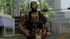 El Africano soldado Estadounidense en el camufla