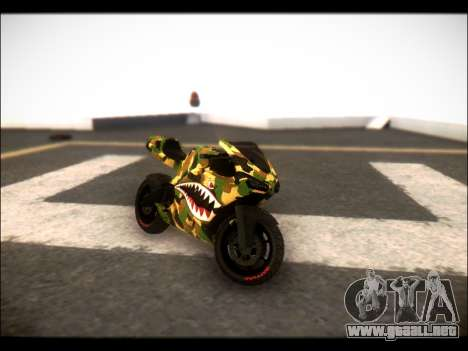 Bati Motorcycle Camo Shark Mouth Edition para GTA San Andreas vista posterior izquierda