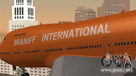 Boeing 747 Braniff para GTA San Andreas vista hacia atrás