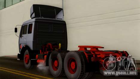 Mercedes-Benz Truck 4x6 para GTA San Andreas left
