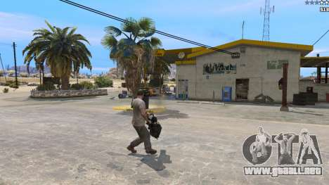 GTA 5 TF2 Heavy Minigun tercera captura de pantalla