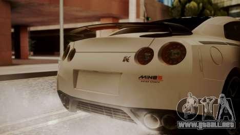Nissan GT-R R35 2012 v2 para GTA San Andreas vista hacia atrás