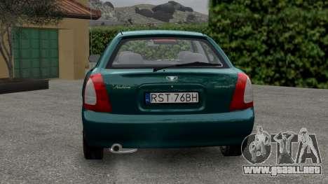 Daewoo Nubira I Hatchback CDX 1997 para GTA 4 visión correcta