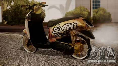 Honda Scoopy New Pink para GTA San Andreas left
