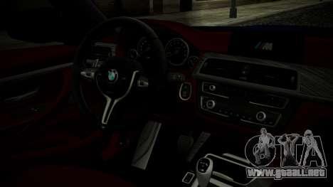 BMW M4 Coupe 2015 Brushed Aluminium para la visión correcta GTA San Andreas