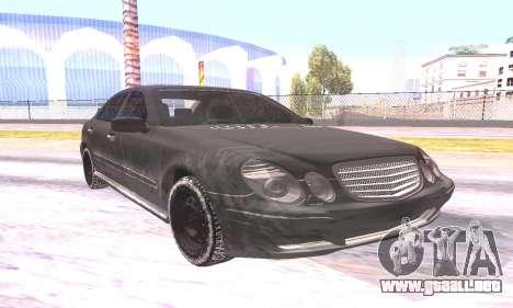 Mercedes-Benz E55 W211 AMG para la visión correcta GTA San Andreas
