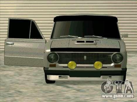 VAZ 21013 para GTA San Andreas vista posterior izquierda