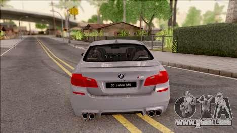 BMW M5 F10 30 Jahre para GTA San Andreas vista posterior izquierda