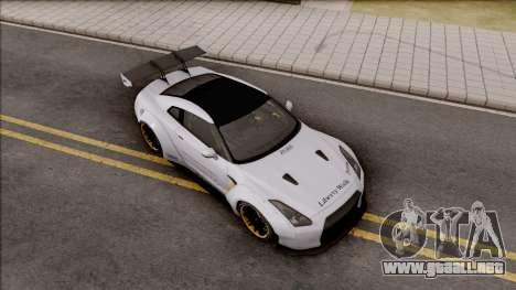Nissan GT-R R35 LB Walk para la visión correcta GTA San Andreas
