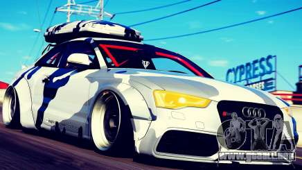 Audi RS5 Libertywalk para GTA 5