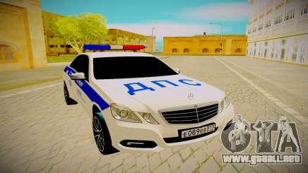 Mercedes-Benz E500 белый para GTA San Andreas