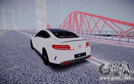 Mercedes-Benz C63 para GTA San Andreas vista hacia atrás
