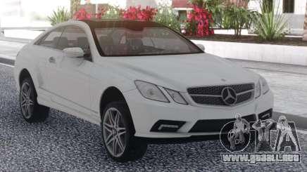 Mercedes-Benz E500 White para GTA San Andreas