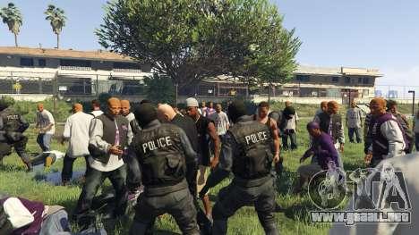 GTA 5 30 SWAT VS 60 Gangsters 1.0 cuarto captura de pantalla