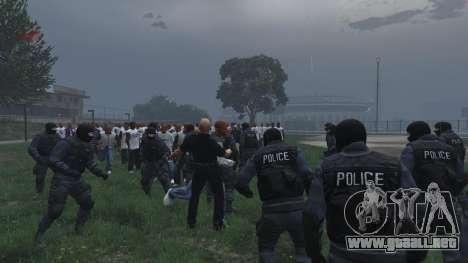 GTA 5 30 SWAT VS 60 Gangsters 1.0 quinta captura de pantalla