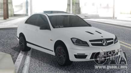 Mercedes-Benz C63 AMG Sedan para GTA San Andreas