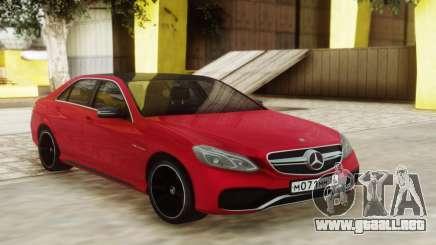 Mercedes-Benz E63 Sedan Red para GTA San Andreas